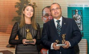 Fabiana Resende, diretora Executiva, e Alaor Silva Junior, atualmente presidente do Clube PASI de Seguros e estudioso no desenvolvimento de novas ideias de seguros para as classes menos favorecidas